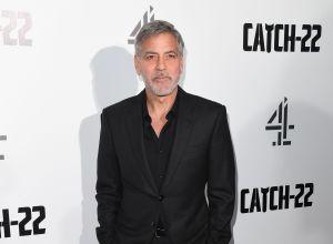 Está que arde: George Clooney y su Corvette convertible vintage