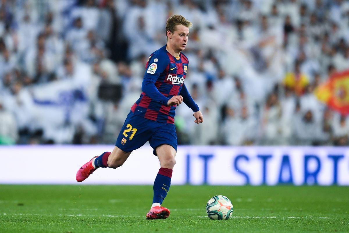 Es hora de dejar la media cancha del Barcelona en los pies de Frenkie De Jong.
