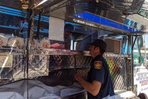 Lady Tacos de Canasta anuncia que tendrá su propio puesto en CdMx luego de que agentes tiraran su mercancía