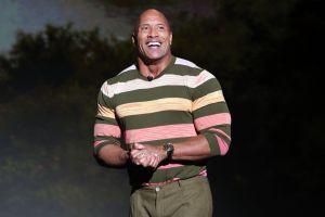 """""""The Rock"""" hace historia y es el primer actor en comprar una liga estadounidense"""