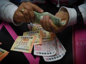 Ganó un premio mayor de la lotería después de usar los mismos números durante 12 años