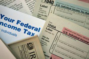 Algunas personas recibirán un pago de intereses del IRS. Descubre si a ti te darán uno
