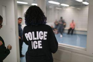 Inmigrantes latinos detenidos dicen que mantendrán huelga de hambre hasta que los liberen. O hasta morir