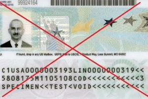 """Castigo de 10 años a inmigrantes les impide obtener la """"green card"""" a pesar de que ya tienen visas de turista"""