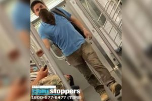 Vándalo rompió 63 ventanas del Metro de Nueva York y sigue libre