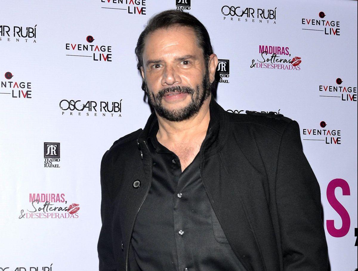 Héctor Parra.