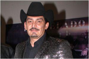 Tras ser acusado de golpeador, José Manuel Figueroa denuncia a su expareja por amenazas y extorsión
