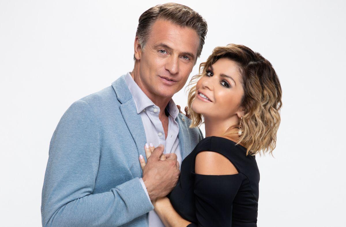 """Juan Soler e Itatí Cantoral protagonizan """"La Mexicana y El Güero"""" en Televisa."""