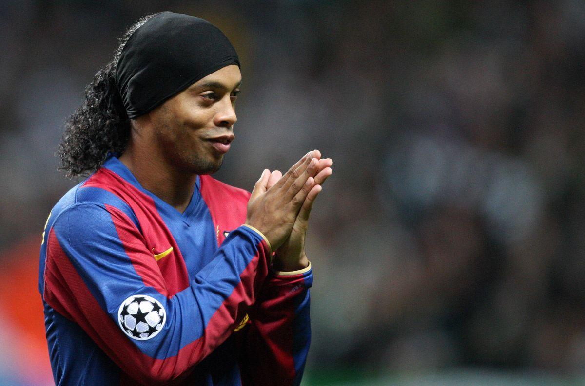 Otra vez aislado, pero ahora por su salud: Ronaldinho, positivo y en cuarentena por COVID-19