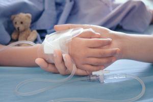 """Muere niño en Argentina tras ingerir dióxido de cloro, sus padres se lo dieron para """"prevenir"""" el coronavirus"""