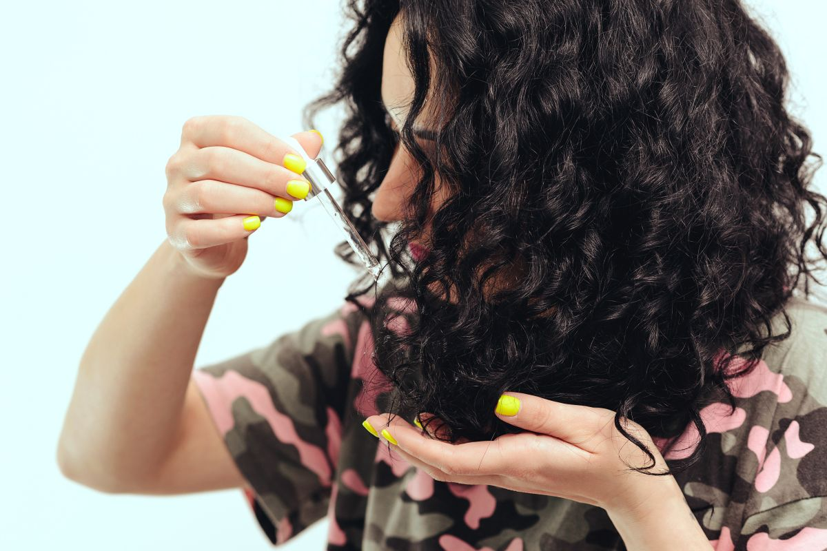 Los mejores aceites para hidratar el cabello rizado