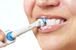3 cepillos de dientes eléctricos que ayudan a eliminar la placa dental y el sarro