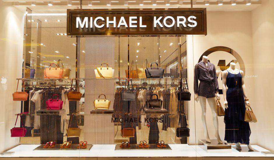 Sandalias Michael Kors: Las mejores opciones para mujer por menos de $70