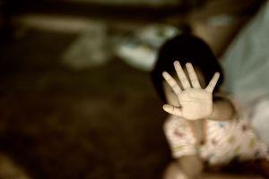 Madre creía que su hija de 11 años abandonó la casa, pero la estaba violando hombre de 27 que conoció en Instagram
