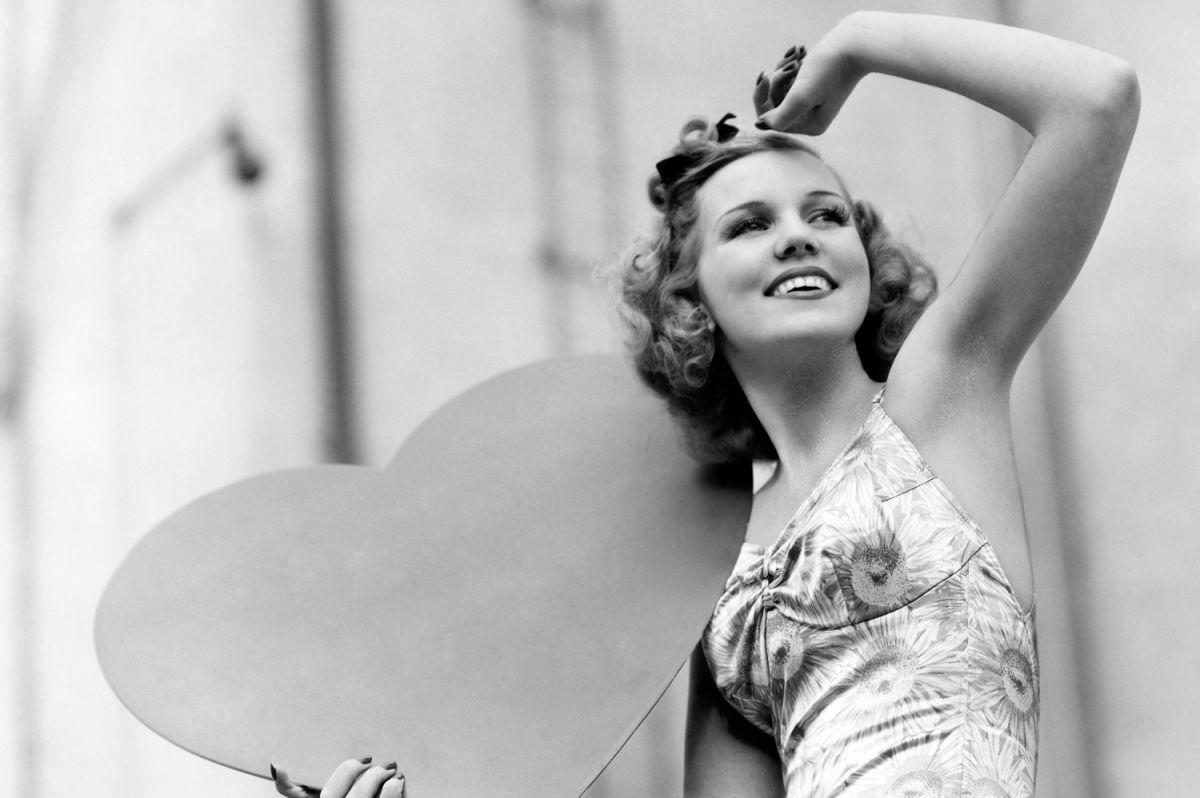 20 insólitos y divertidos tips que las mujeres de 1958 usaban para encontrar marido