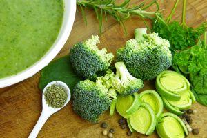 3 sopas muy saludables para perder peso y subir las defensas al mismo tiempo