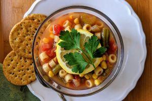 Receta única de sopa de vegetales para perder peso, combatir los antojos y mejorar la digestión
