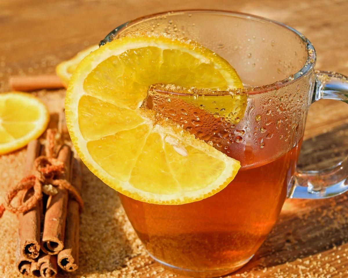 Descubre las bondades de combinar el poder de cúrcuma, canela y limón.