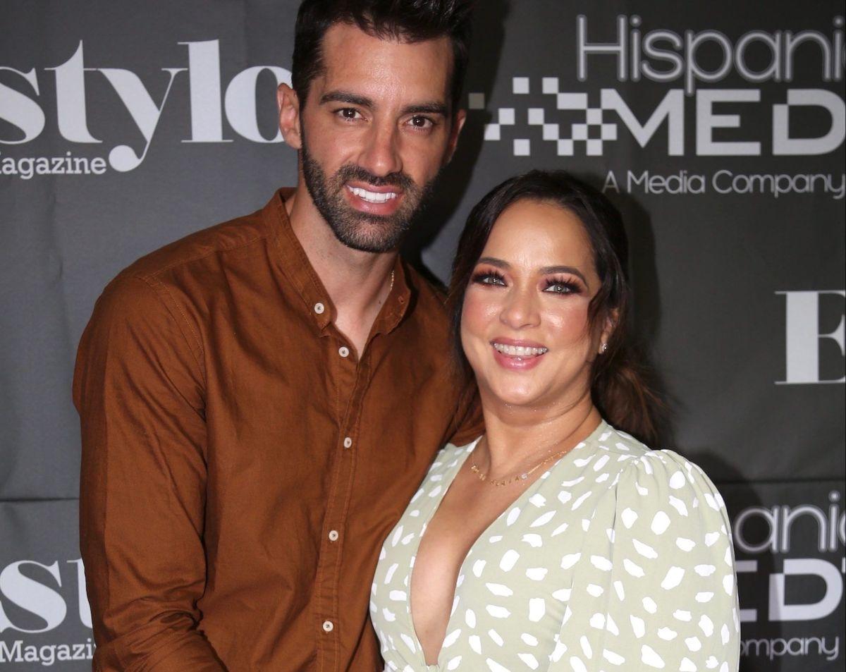 Toni Costa y Adamari López celebran nueve años de inagotable amor