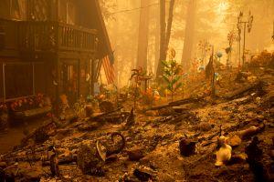 Tras haberlos negado, Trump aprueba fondos de emergencia para incendios en California