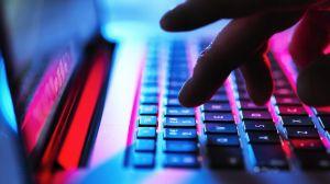 Trump vs Biden: Microsoft denuncia ataques de hackers rusos a las campañas de los dos candidatos