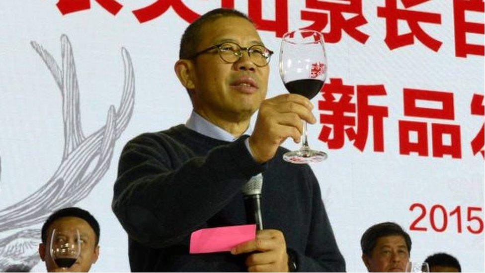 """Zhong Shanshan, el """"lobo solitario"""" que se convirtió en la persona más rica de China"""