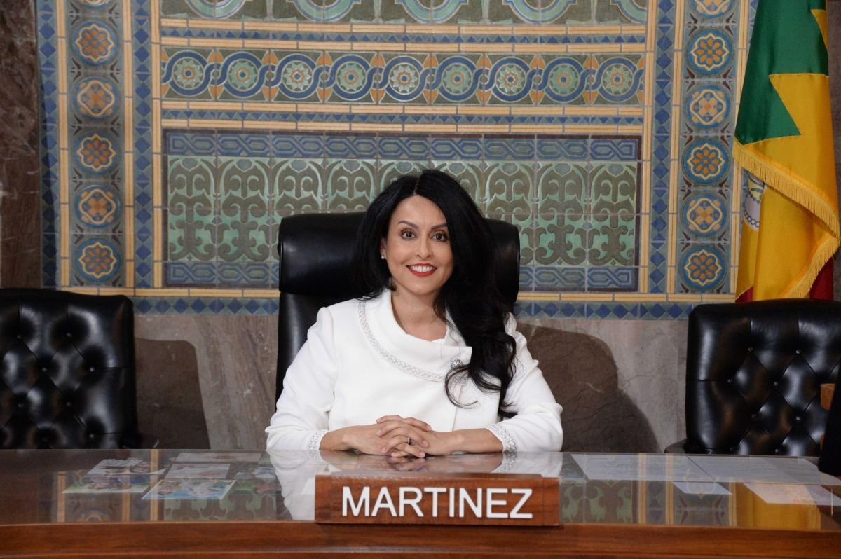 La presidenta del Concejo de Los Ángeles, Nury Martínez anuncia  rl segundo paquete de ayuda para pagar la renta atrasada. Suministrada)