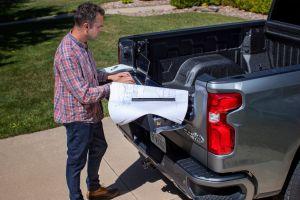 Chevrolet presenta una nueva puerta trasera MULTI-FLEX en su Silverado 2021