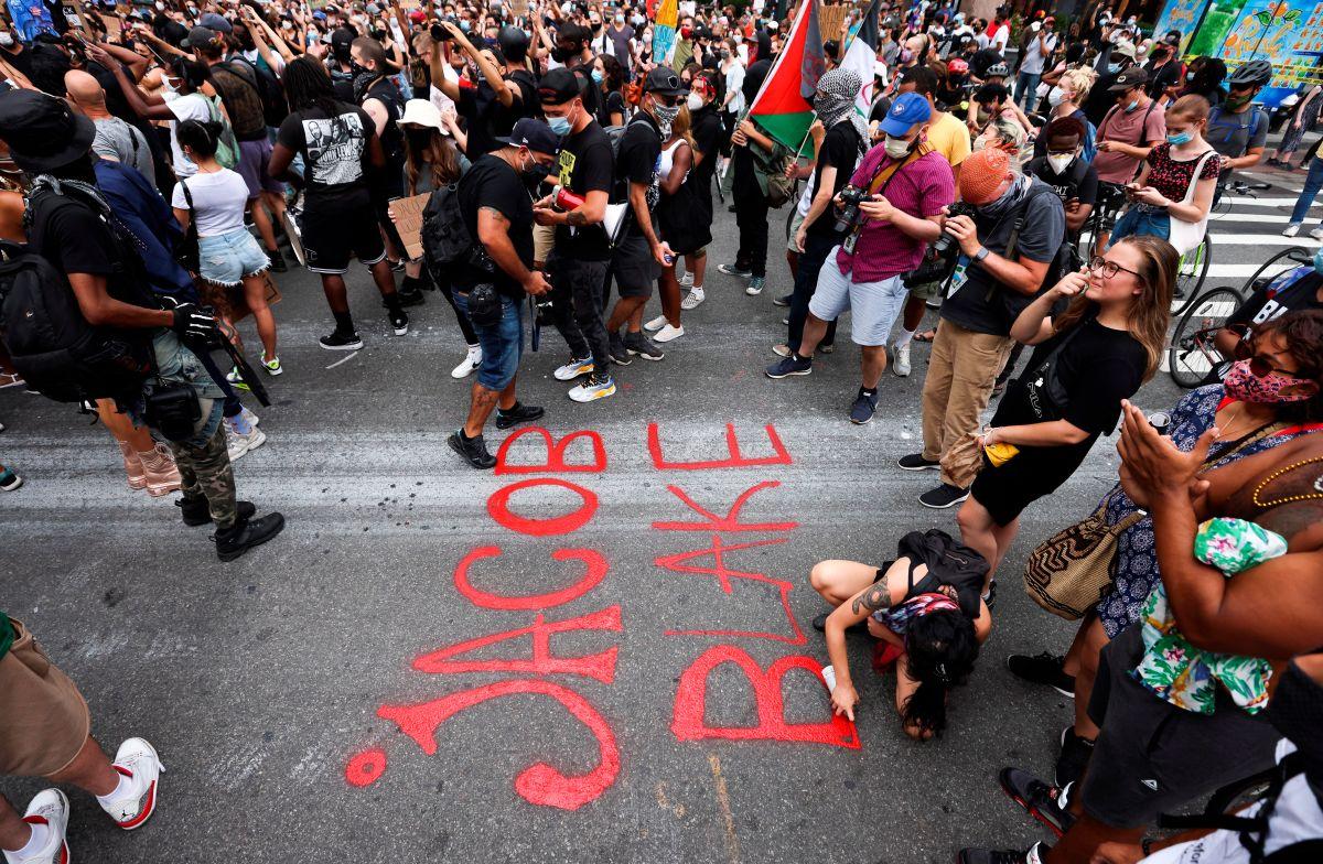"""Trump amenaza con dejar de financiar Nueva York y otras ciudades con protestas que llamó """"anarquistas"""""""