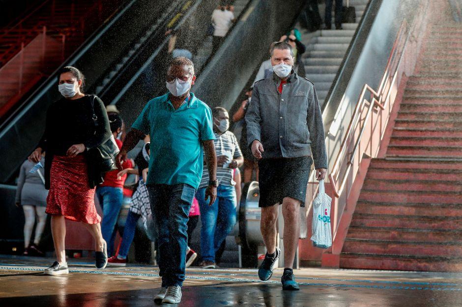 Mascarillas estarían generando cierta inmunidad contra el coronavirus