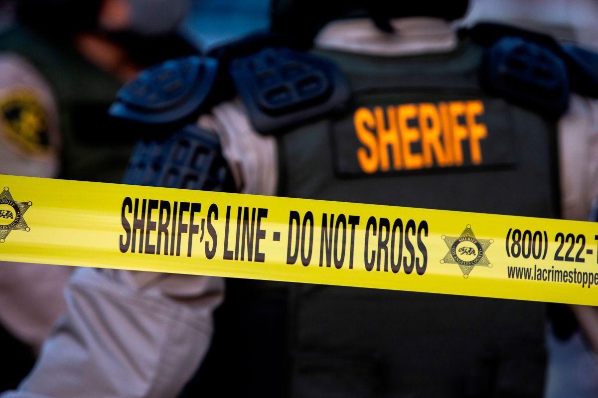 El Dpto. del Sheriff de Los Ángeles investigó el asesinato.