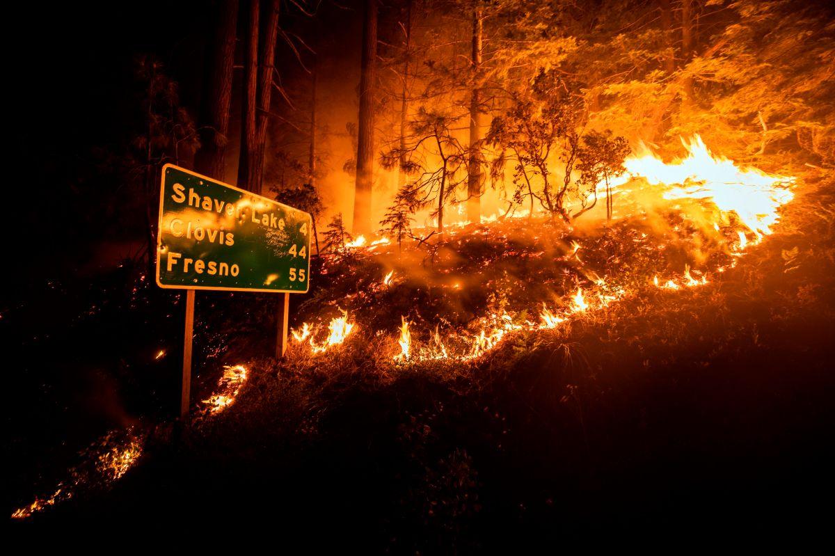 El incendio Creek en Fresno. EFE