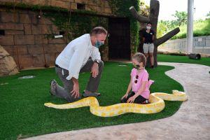El Zoo de Miami se esmeró en cumplir el deseo especial de una niña con cáncer