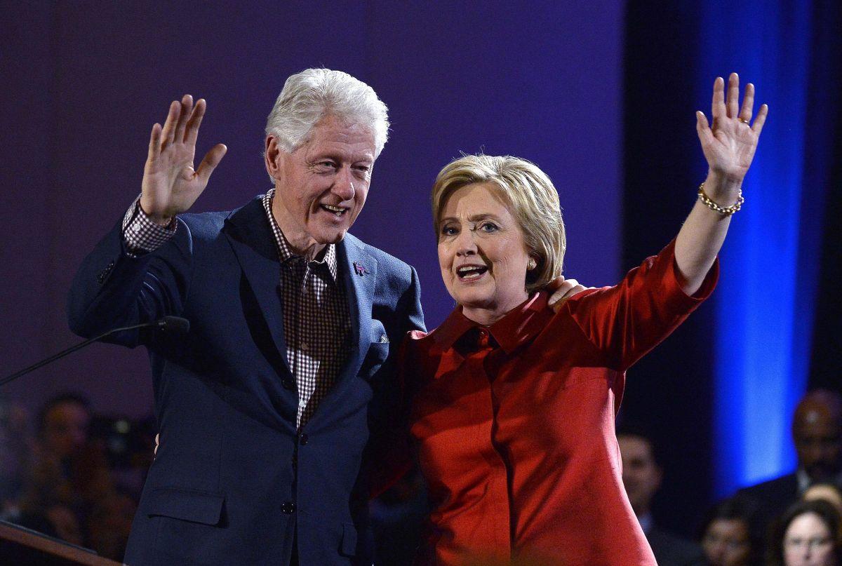 Clinton advierte que Trump colocará barricadas para evitar salir de la Casa Blanca
