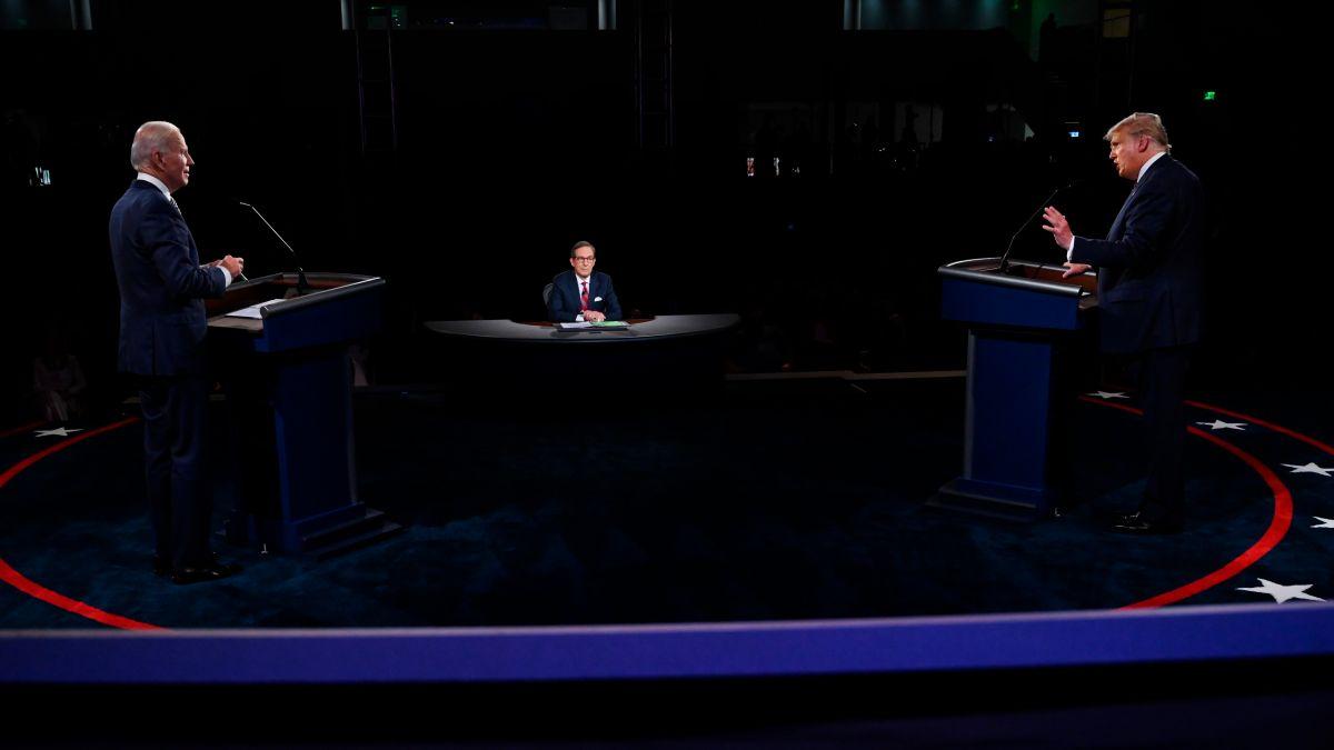 Las interrupciones protagonizaron el primer debate presidencial.