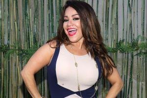 ¡Carolina Sandoval no pierde el glamour ni por estar de camping!