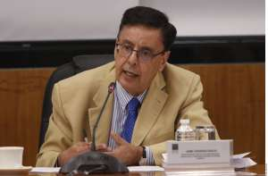 Tras polémica rifa del avión presidencial, renuncia Jaime Cárdena al gabinete de AMLO