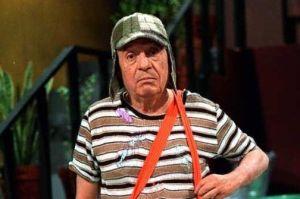 """¿""""Chavo del 8″ metalero? Se hace viral por su asombroso parecido a Chespirito"""