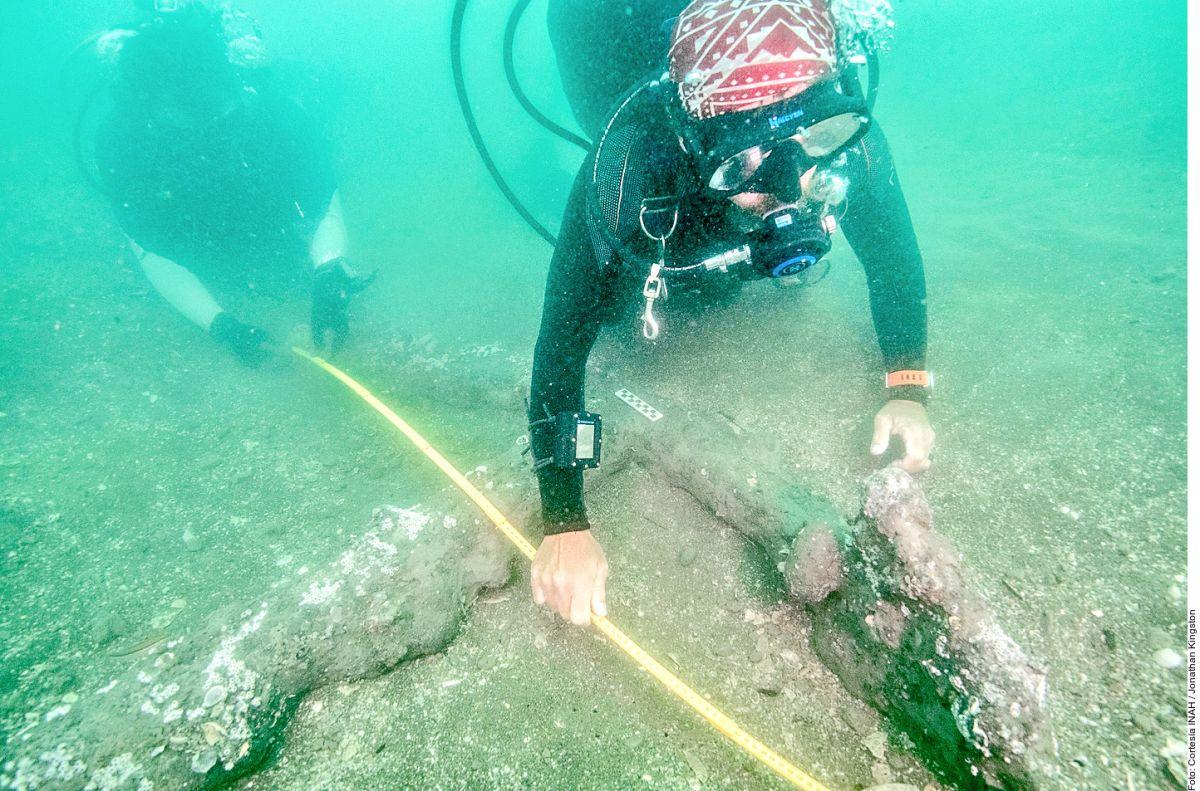 Especialistas del INAH, adscritos al proyecto Arqueología Subacuática en la Villa Rica de la Vera Cruz, localizaron en el puerto jarocho dos anclas de hierro. Archivo