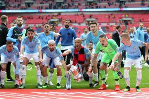 Dos estrellas del Manchester City dan positivo a coronavirus días antes de empezar el torneo