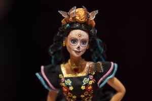 Barbie presenta una segunda muñeca alusiva a su colección de Día de Muertos