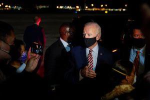 Trump y Biden luchan para ganar Florida en las elecciones. Las encuestas muestran un empate