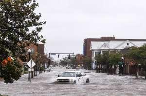 Al menos dos muertos y varios heridos por las severas tormentas que continúan en el sur de EE.UU.