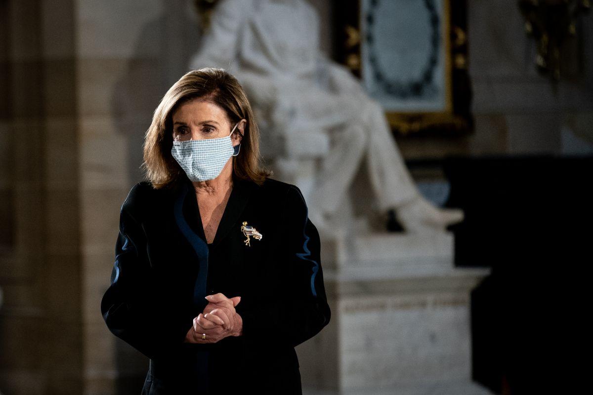 Nancy Pelosi busca el acuerdo con los republicanos al rebajar el monto de la propuesta.