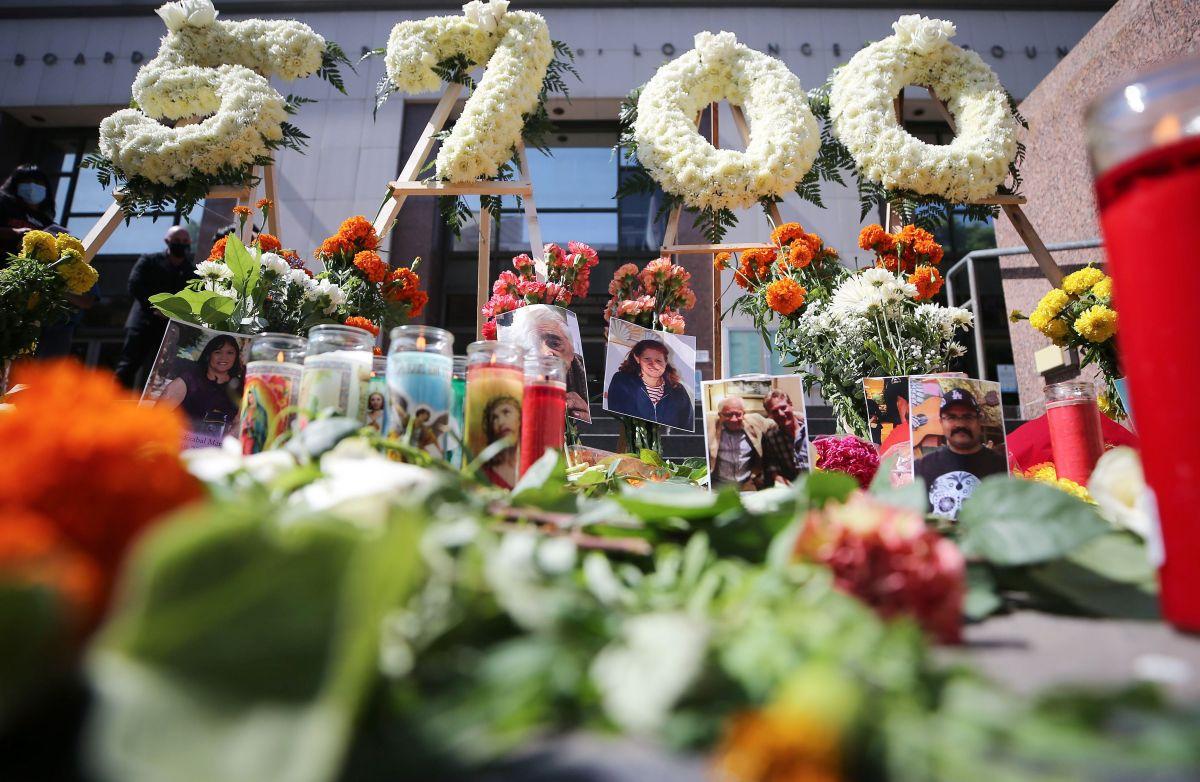 Angelinos recuerdan a los 5,700 muertos por COVID-19 en el condado, el 31 de agosto de 2020.