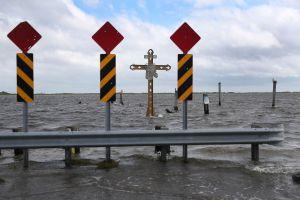 Sally se convierte en huracán a pocas horas de golpear la costa del Golfo de México