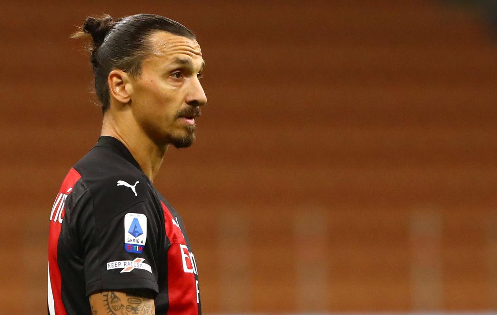 Zlatan Ibrahimovic en un encuentro con Milán.