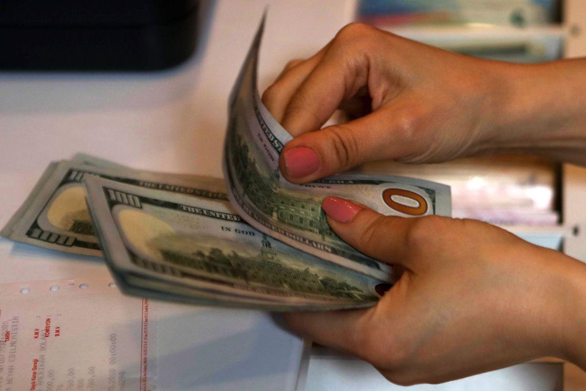 A cuánto el dólar en México hoy martes 4 de mayo