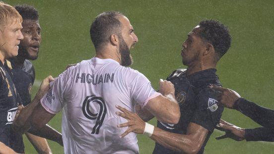 Higuain falla penal MLS