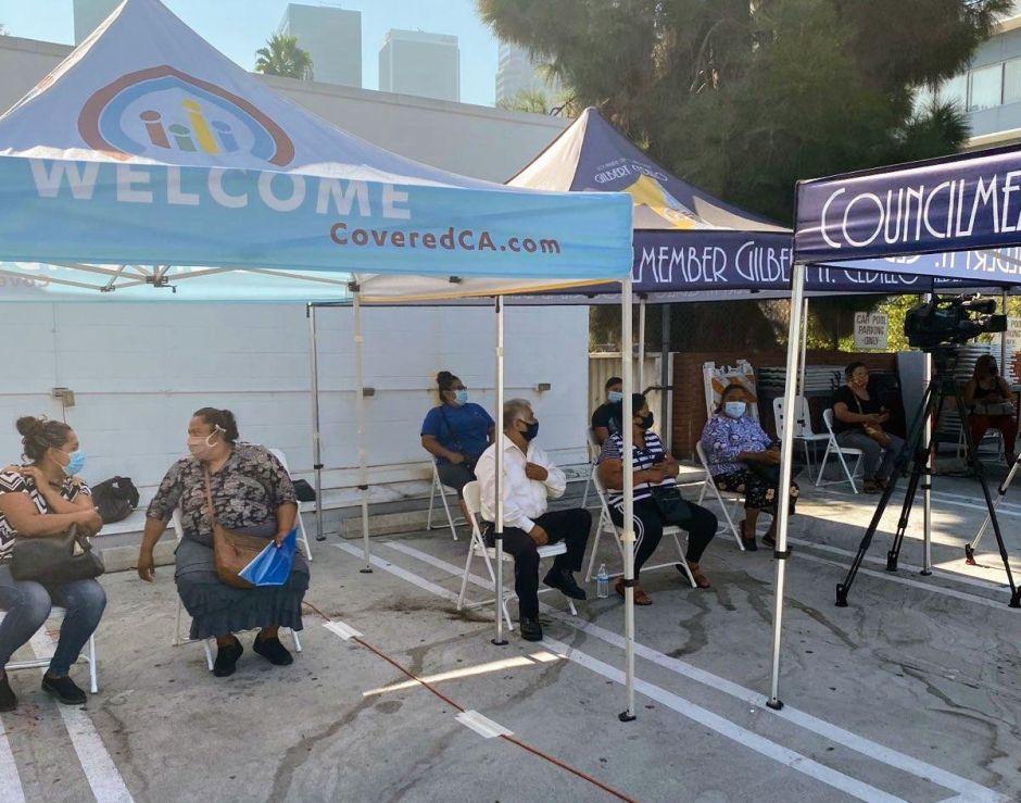 Ayuda económica disponible para vendedores ambulantes de LA